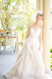 Vintage Bridal Pose